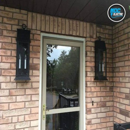 Antique outdoor light fixture installation in Barrie by MDC Electric